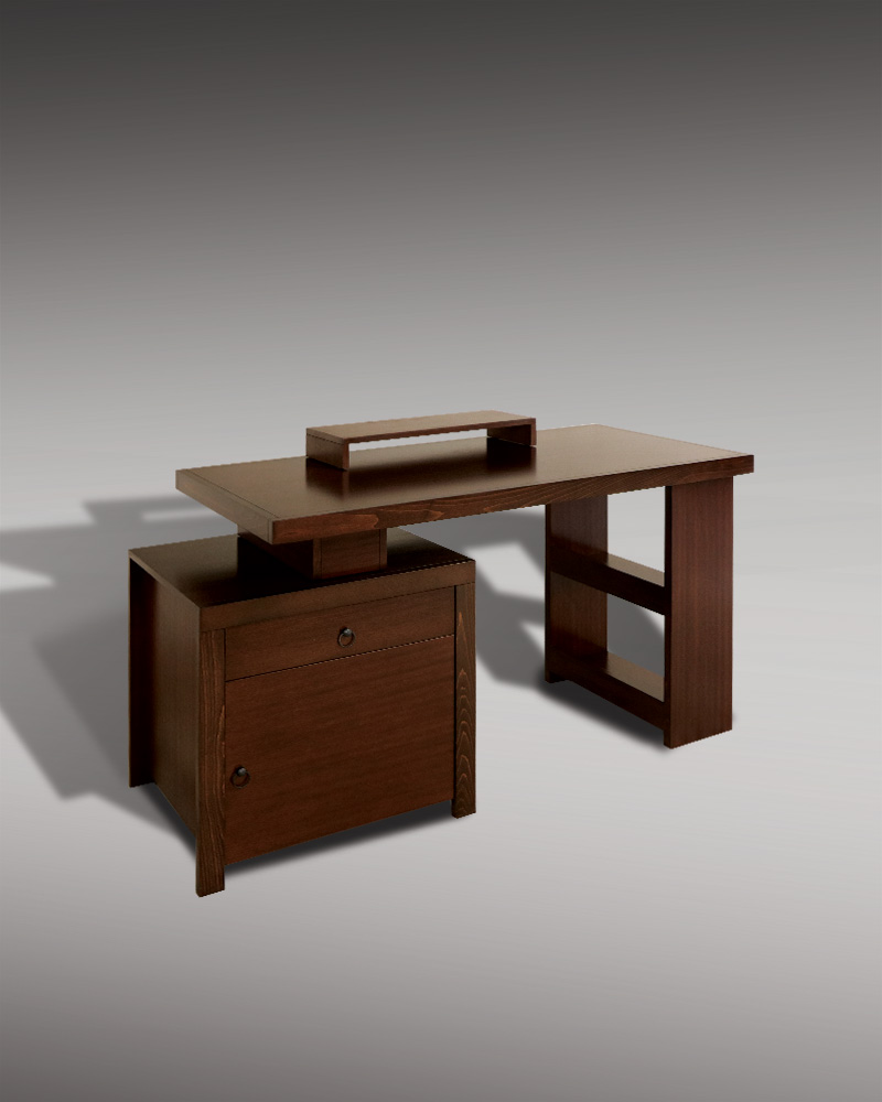 Five-piece desk