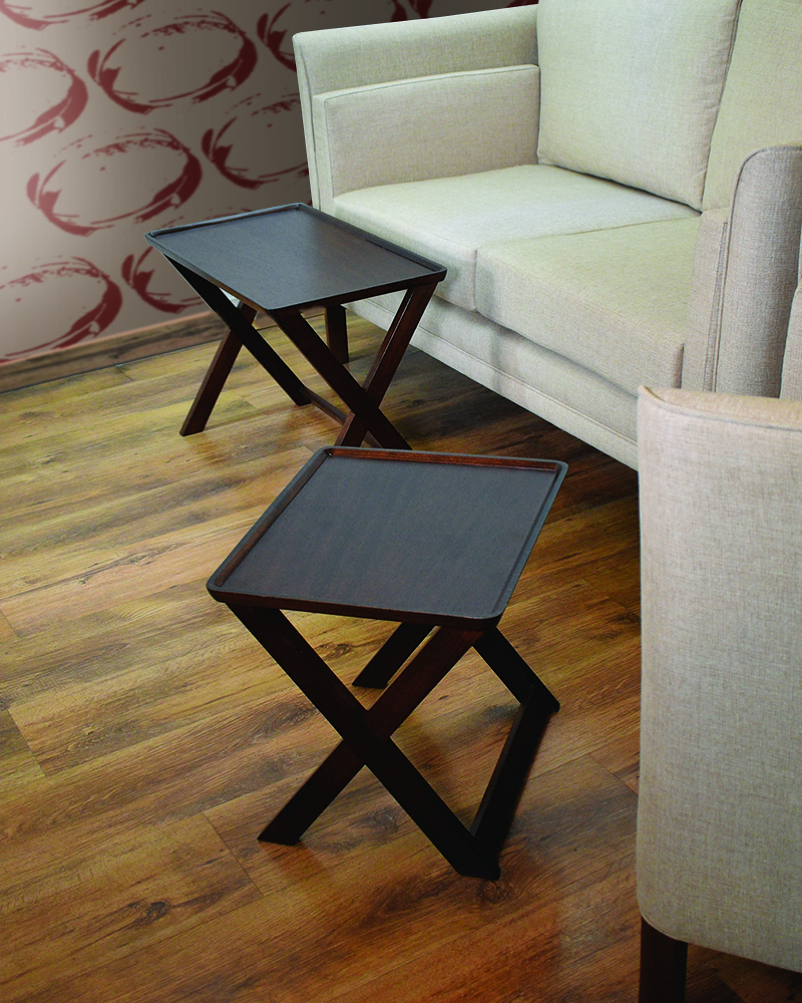 CROSS NESTING TABLES